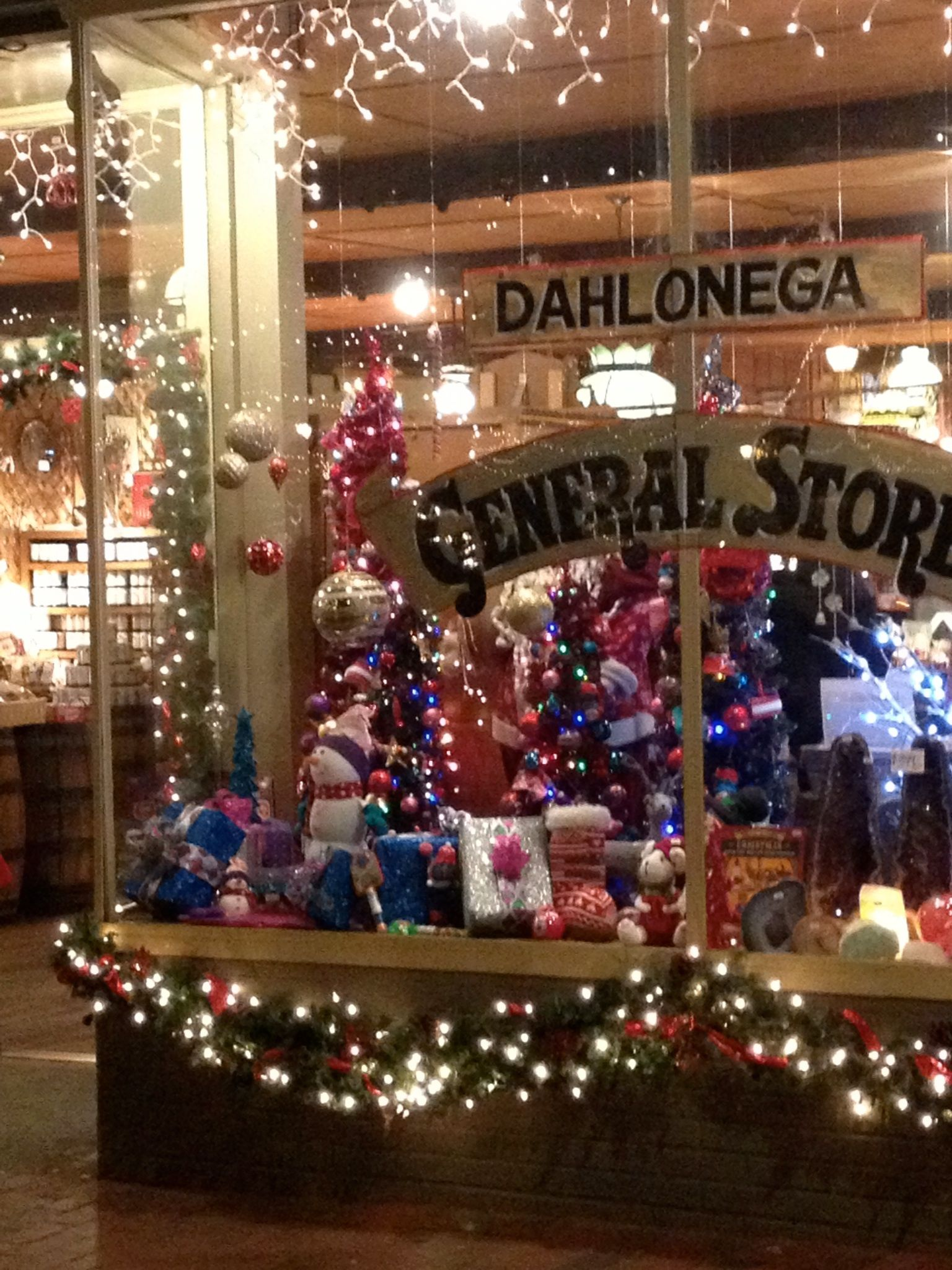 Christmas Town In Georgia Dahlonega.General Store Has Some Interesting Items And A Player Piano