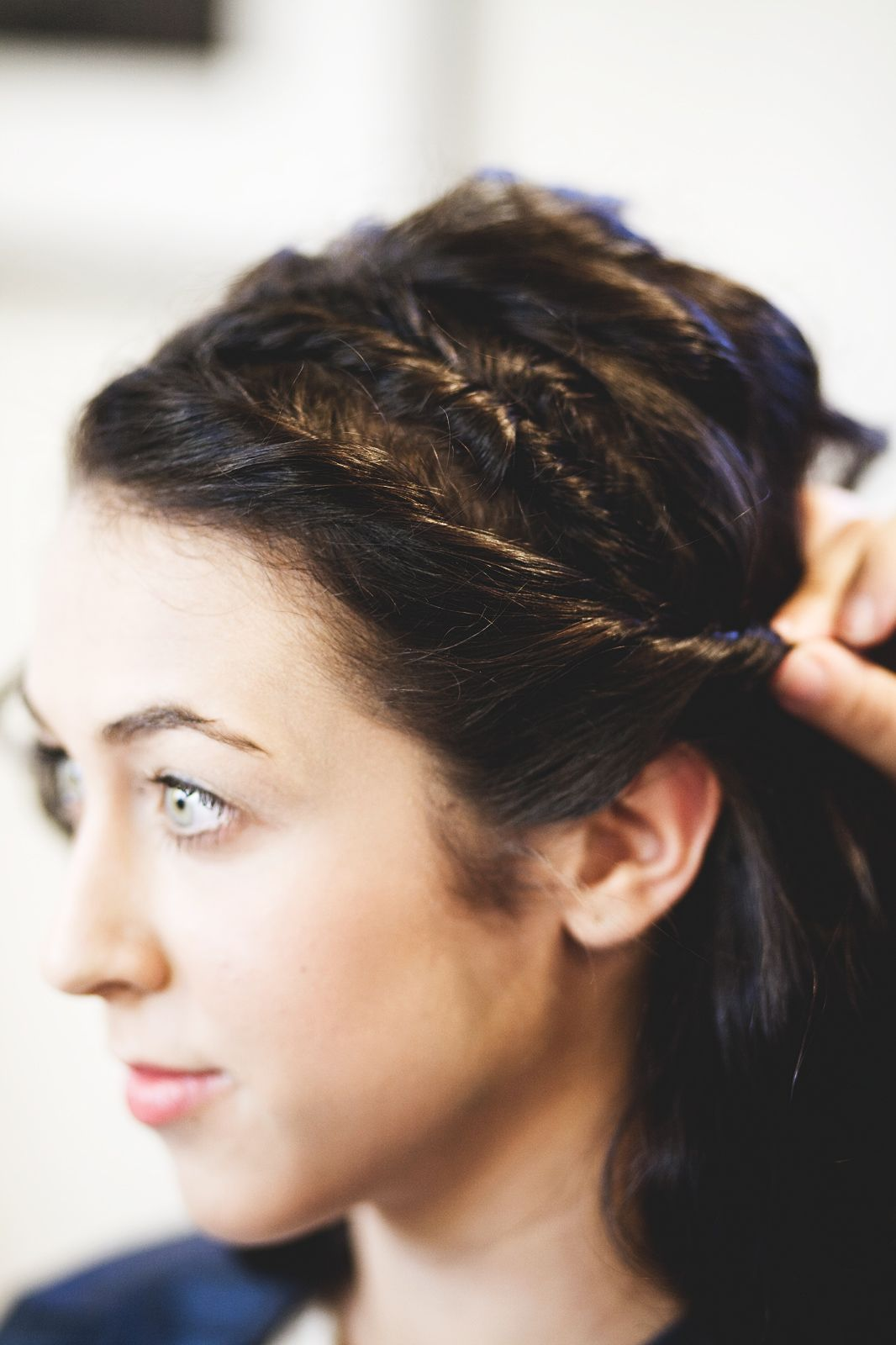 Go shorty updos that are perfect for cropped hairstyles