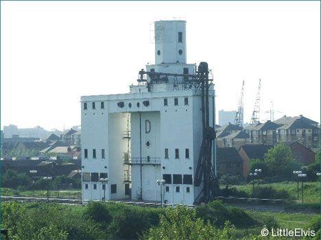 abandoned-millenium-mills-london