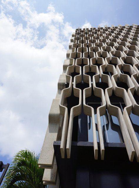 1962 Ibm Building Architect Vladimir Ossipoff O Ahu Honolulu Brutalist Architecture Architecture Amazing Architecture