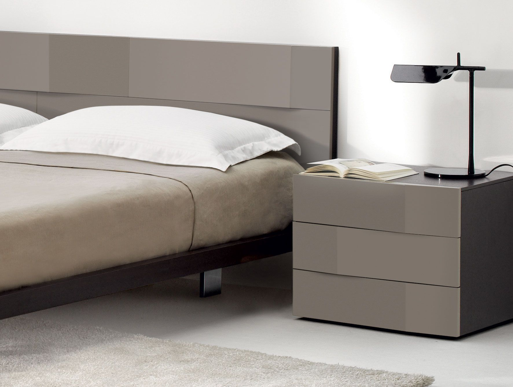 Lovely Bedside Tables 16 Imageries Contemporary Bedroom