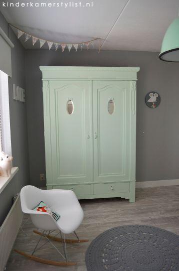 Mint Green Grey White nursery / chambre bébé gris blanc vert menthe