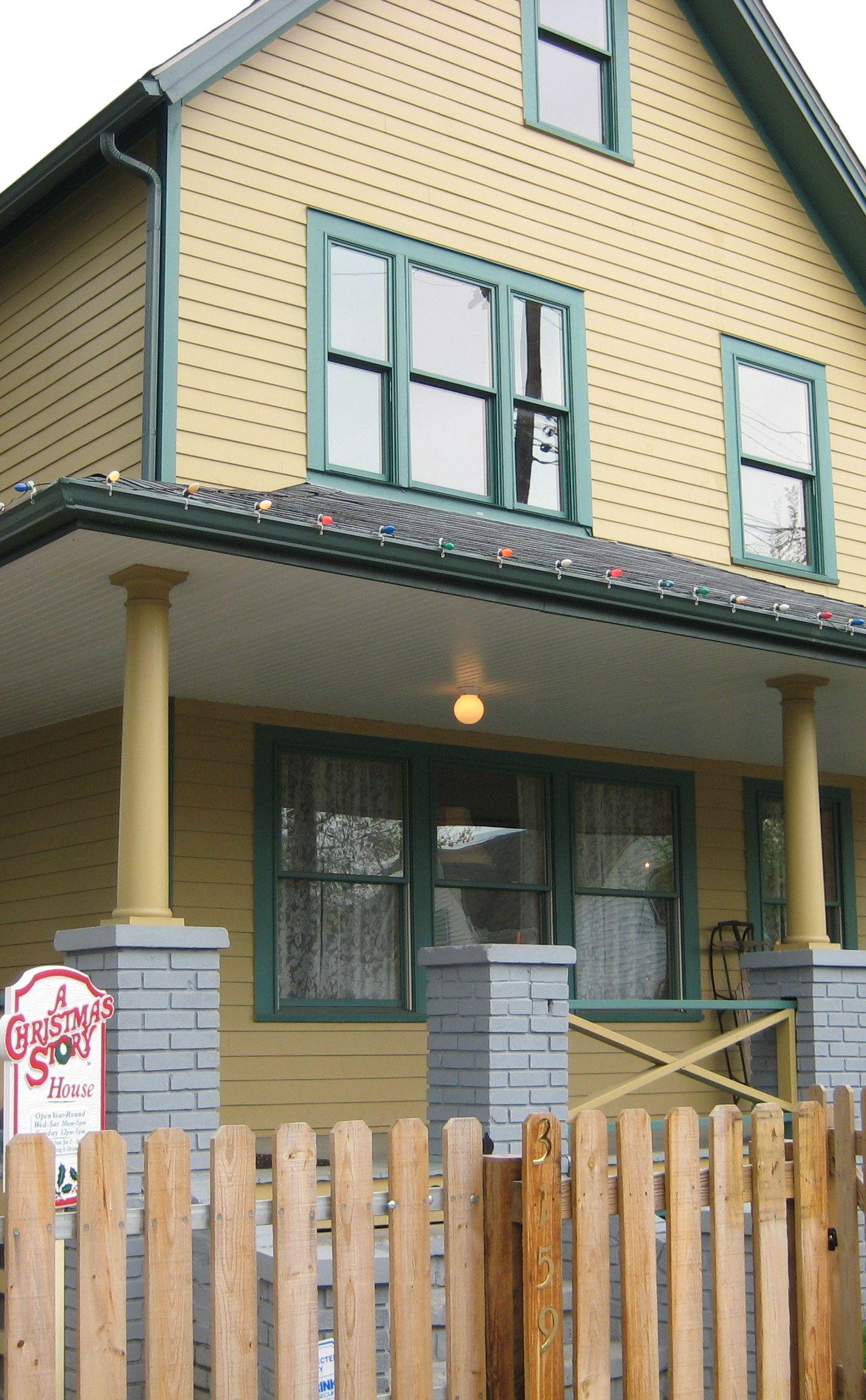 A Christmas Story House and Museum Christmas story house