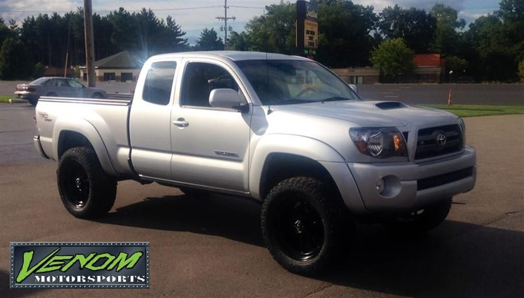 Toyota Tacoma With 3 Pro Comp Lift By Venom Motorsports In Grand Rapids Mi Click To View More Photos And Mod Info Toyota Tacoma Custom Cars Toyota