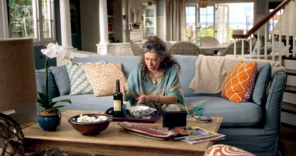 I Want The Beach House From Grace And Frankie Thanks Hooked On Houses Beach House Interior Beach House Furniture Beach House Interior Design