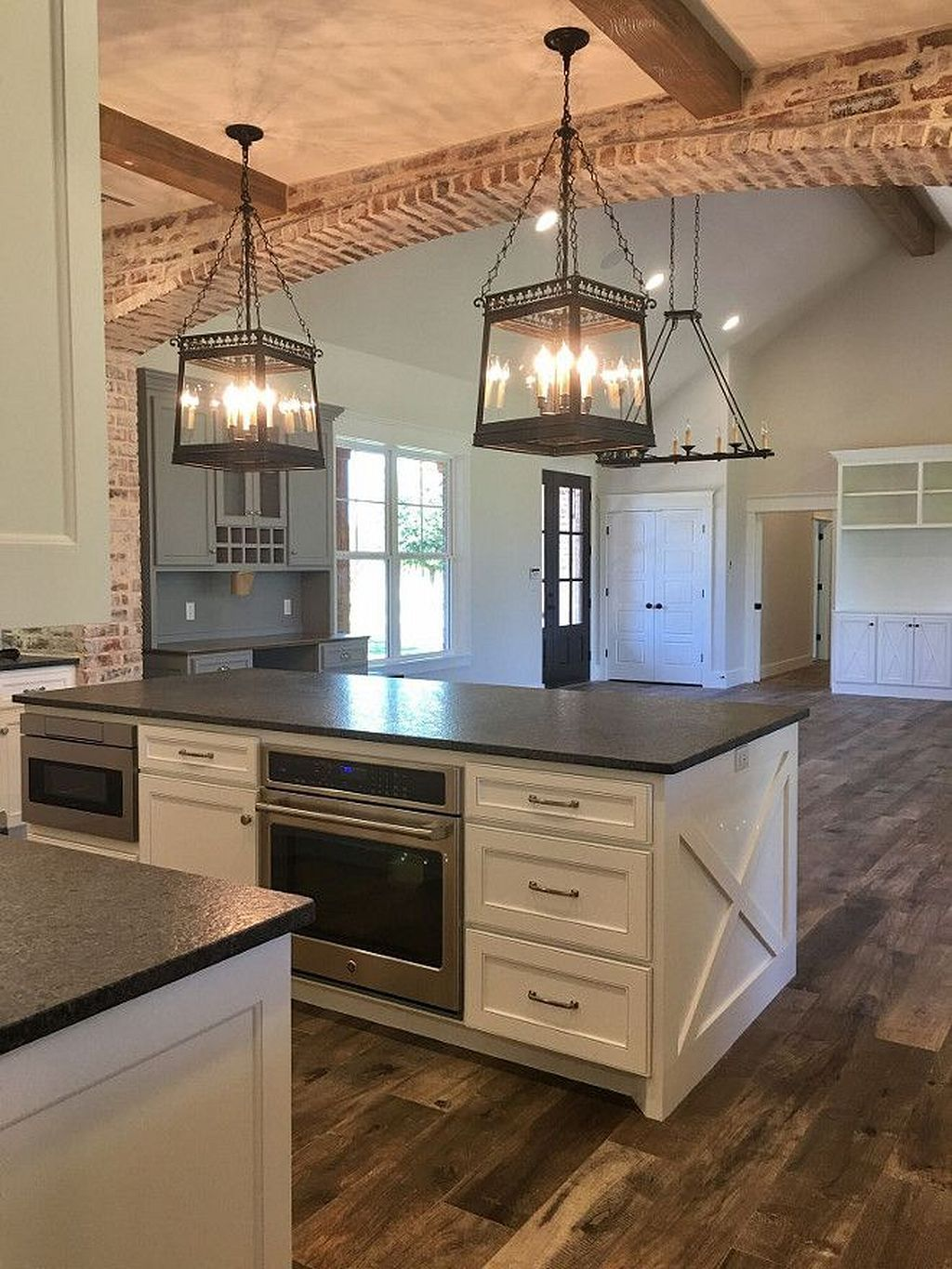 Great 30 Farmhouse Kitchen Ideas On A Budget 2018 Https Kidmagz Com 30 Farmhouse Farmhouse Kitchen Remodel Rustic Farmhouse Kitchen Farmhouse Style Kitchen