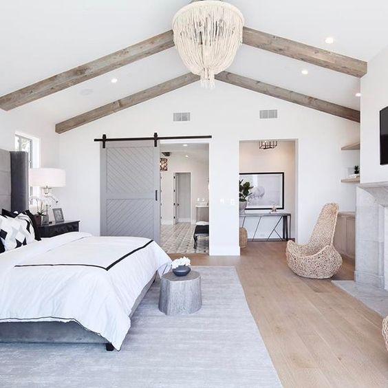12 Awesome Bedroom Barn Door Ideas