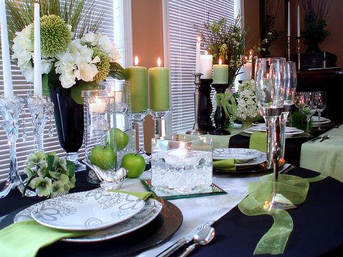 black and apple green tablescape | tablescapes | table, black