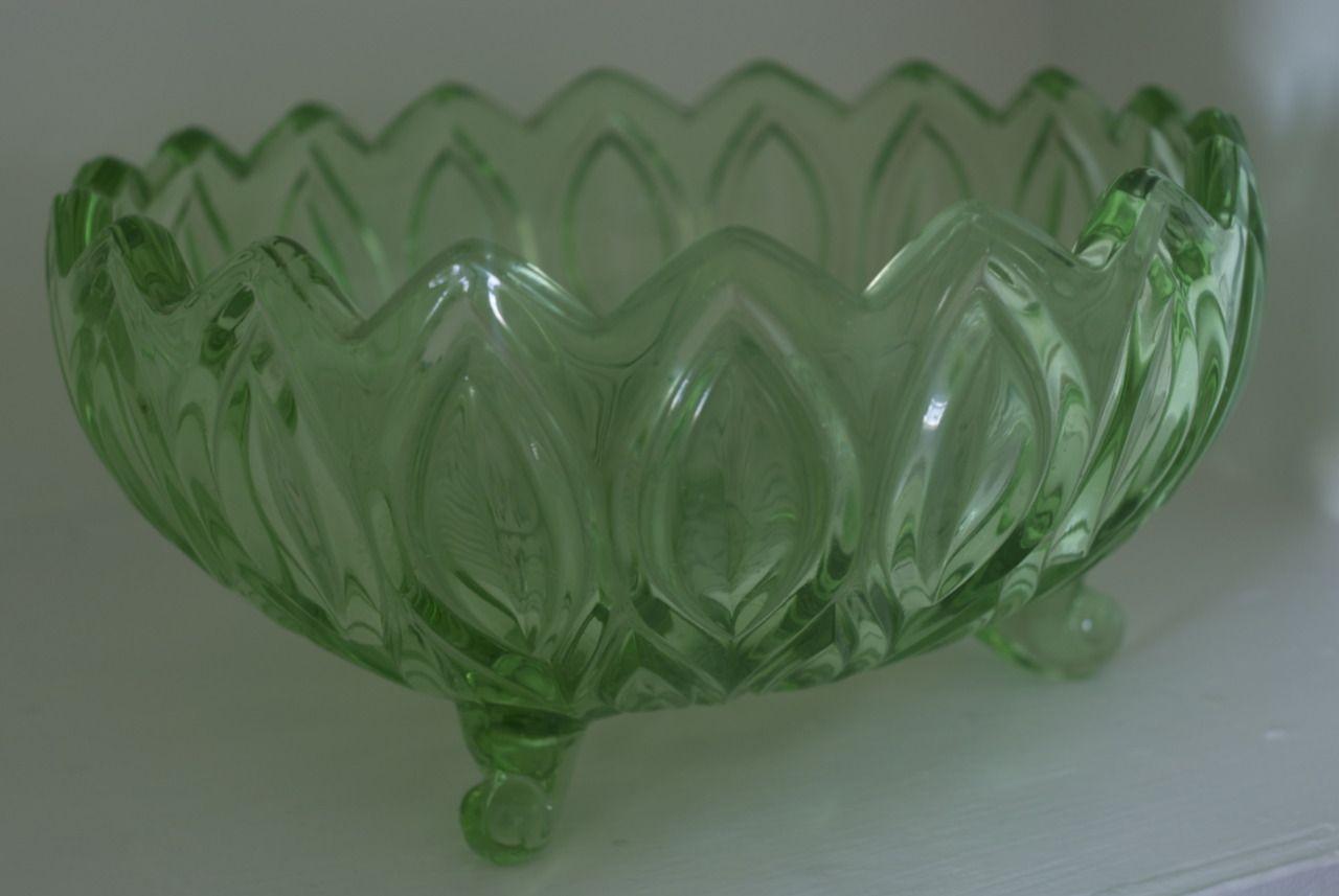 YABUNE - Art Deco emerald green glass + uranium, footed round bowl.