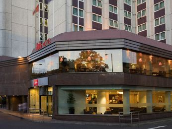 Ibis London Earls Court 100 Smoke Free Hotel