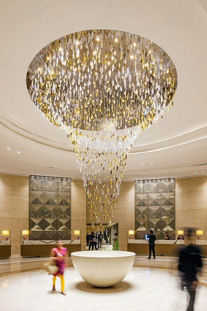 帝美斯灯饰工厂专业生产各类灯具 联系方式: 17379546602 微信同号 QQ; 1396539362  淘宝店链接:https://shop327893791.taobao.com/shop/view_shop… | Hotel chandelier,  Lounge lighting, Hotel lobby design