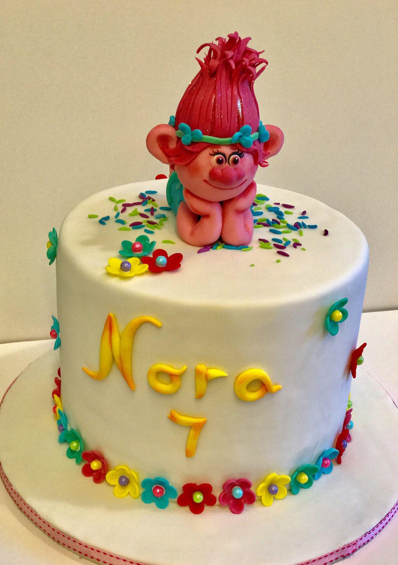 Poppy princess cake cake fab cakes fondant cakes