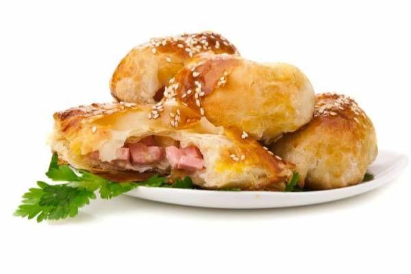 Ricetta di Strudel salato al radicchio di treviso, gorgonzola e noci - Star