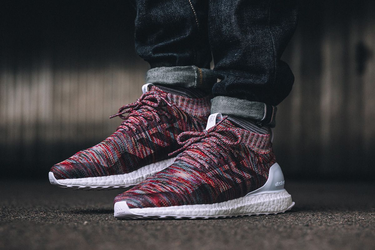 d24ee903ce580 RESERVED Kith x Adidas Consortium ultra boost mid Aspen photo 1 4