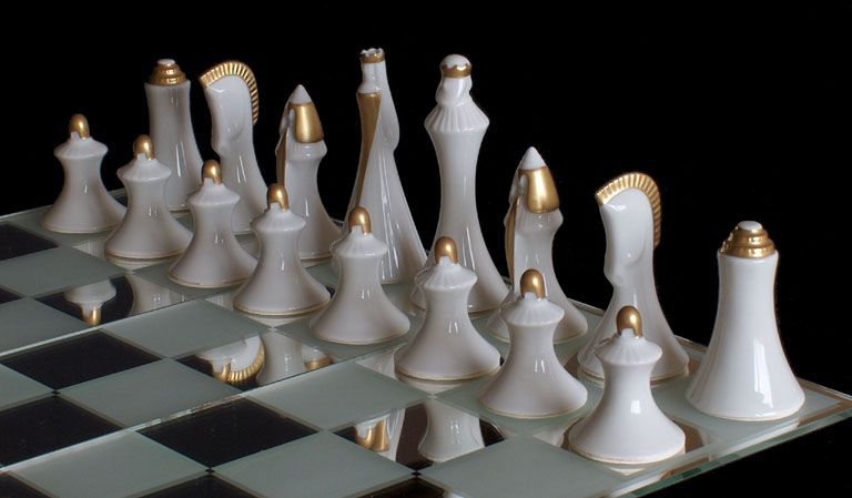 Crystalchess.com - Unique collector's set directly from artists