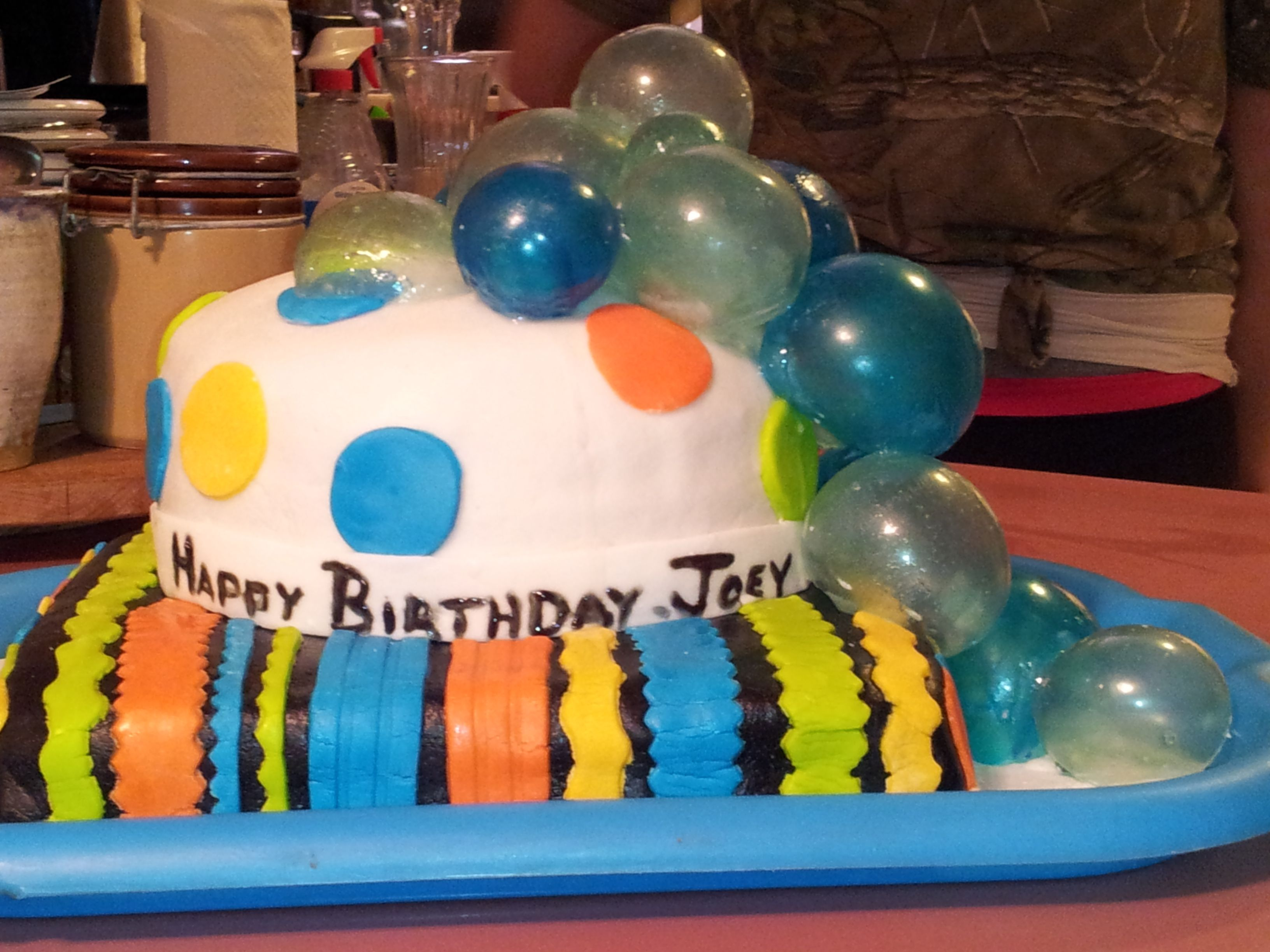 Joey's Birthday cake.  My 2nd time up with cakes.  1st time out with the bubbles.