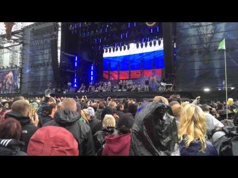 Wacken Open Air: Metal-Fans rocken knietief im Schlamm