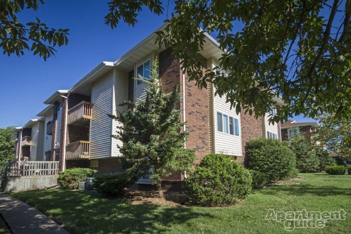 See Photos Floor Plans And More Details About Markwood In Springfield Mo Visit Apartmentguide Com Amp Amp Reg Now For R Apartment Outdoor Decor Floor Plans
