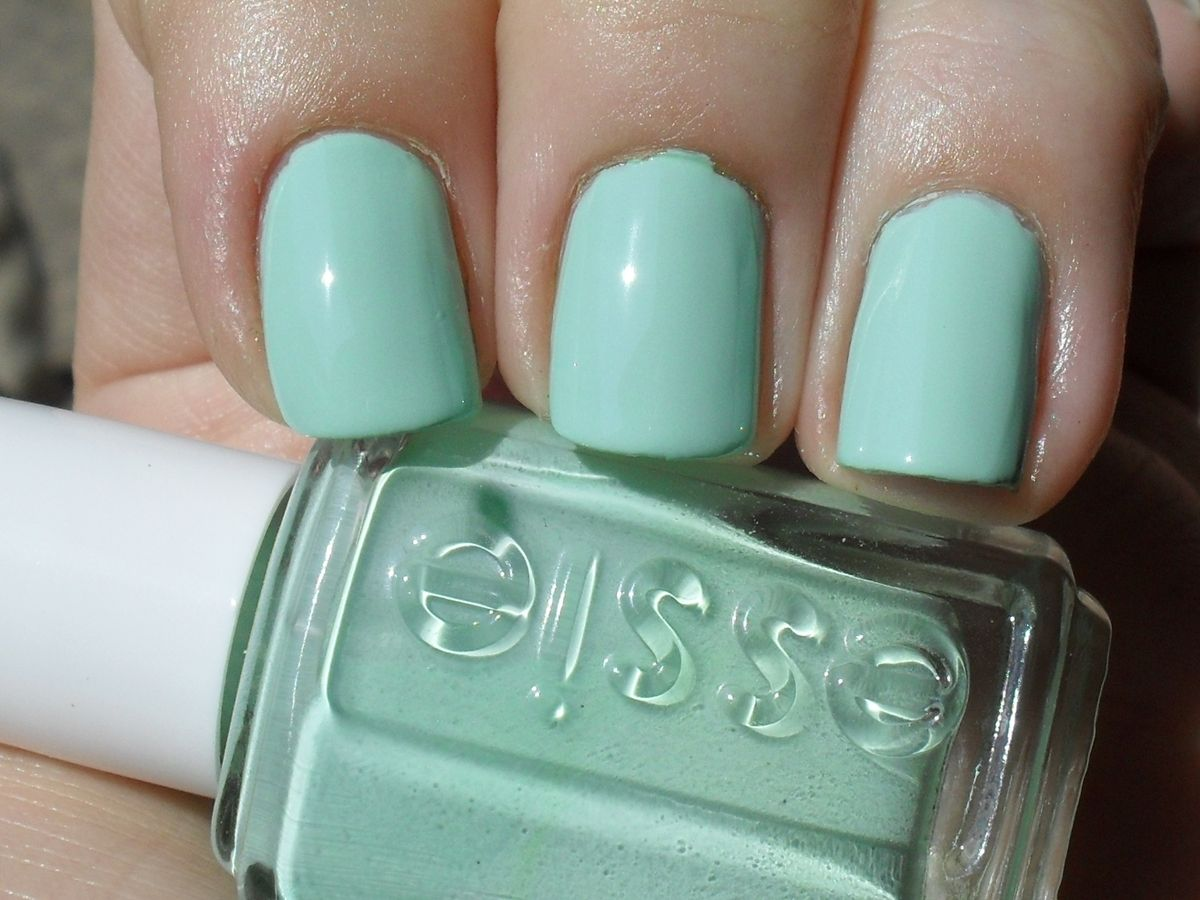 Essie mint candy apple nail polish..perfect for Easter/St. Pattys ...
