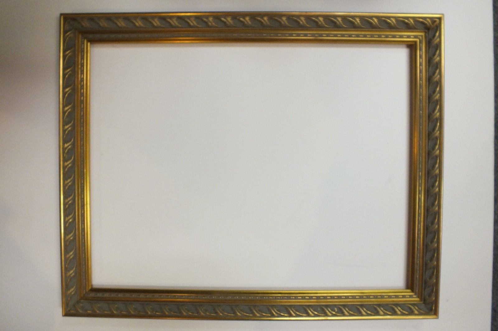 16 x 20 Ornate Gold leaf Wood Picture Frame Sale Free Shipping ...