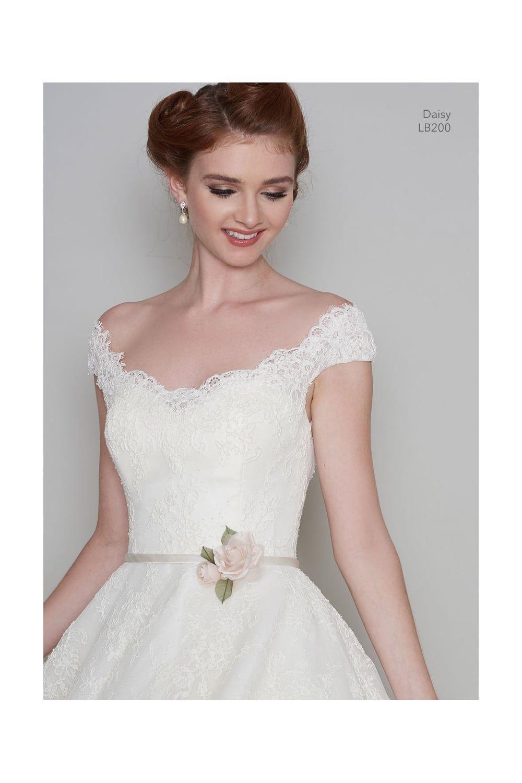 37++ Vintage lace wedding dresses for sale information