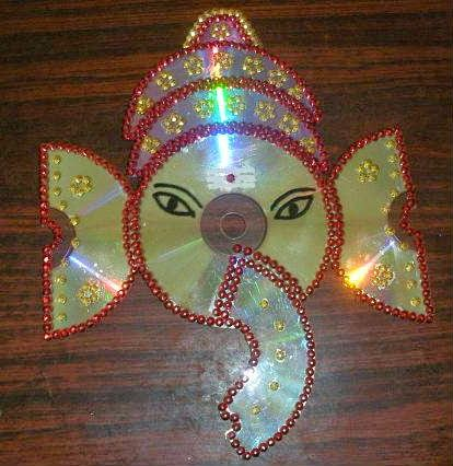 Lord ganesh craft using waste cd parts creative for Waste material craft ideas in hindi