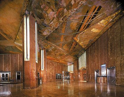 The Art Deco Lobby Of The Chrysler Building With Images Art
