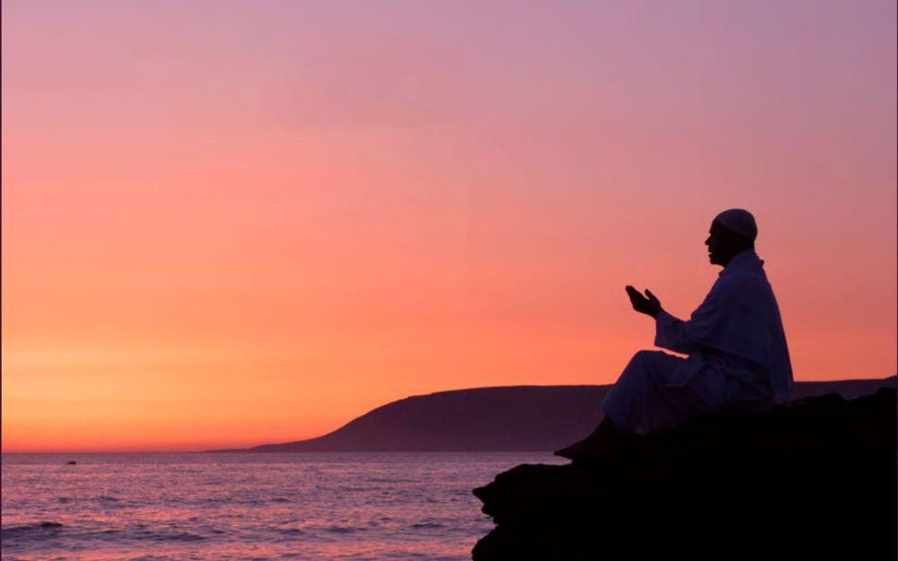 الحمد لله وحده ليلة 30 رمضان هل تكون ليلة القدر التمسوها في آخر ليلة ليلة الوداع ليلة تمام الثلاثين هل في ذلك حديث عن النبي صلى Outdoor Celestial Sunset