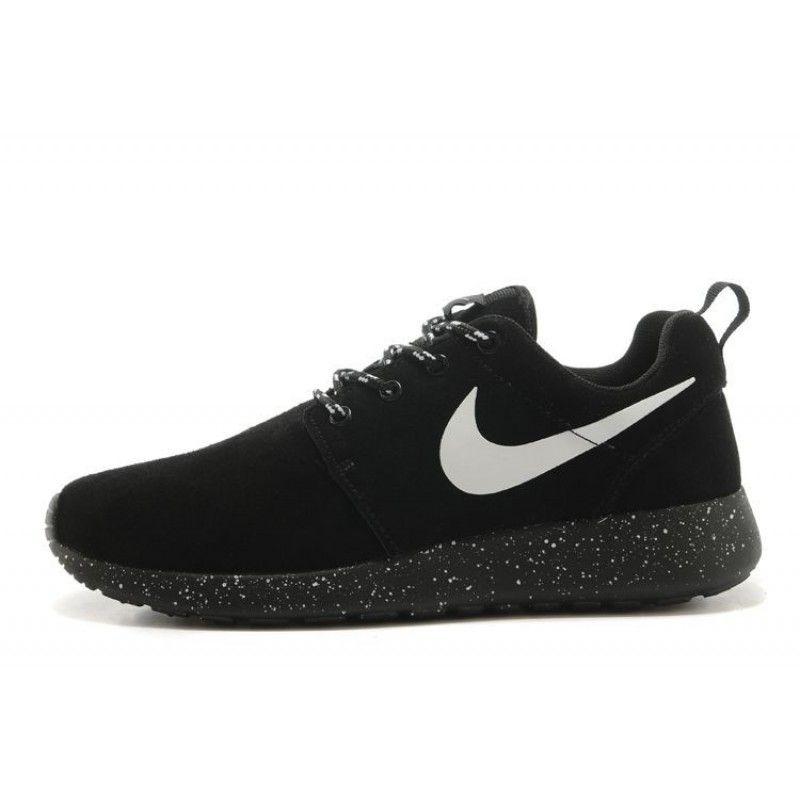 0080492dc63a Nike Women s Rosherun Premium Running Shoes 98