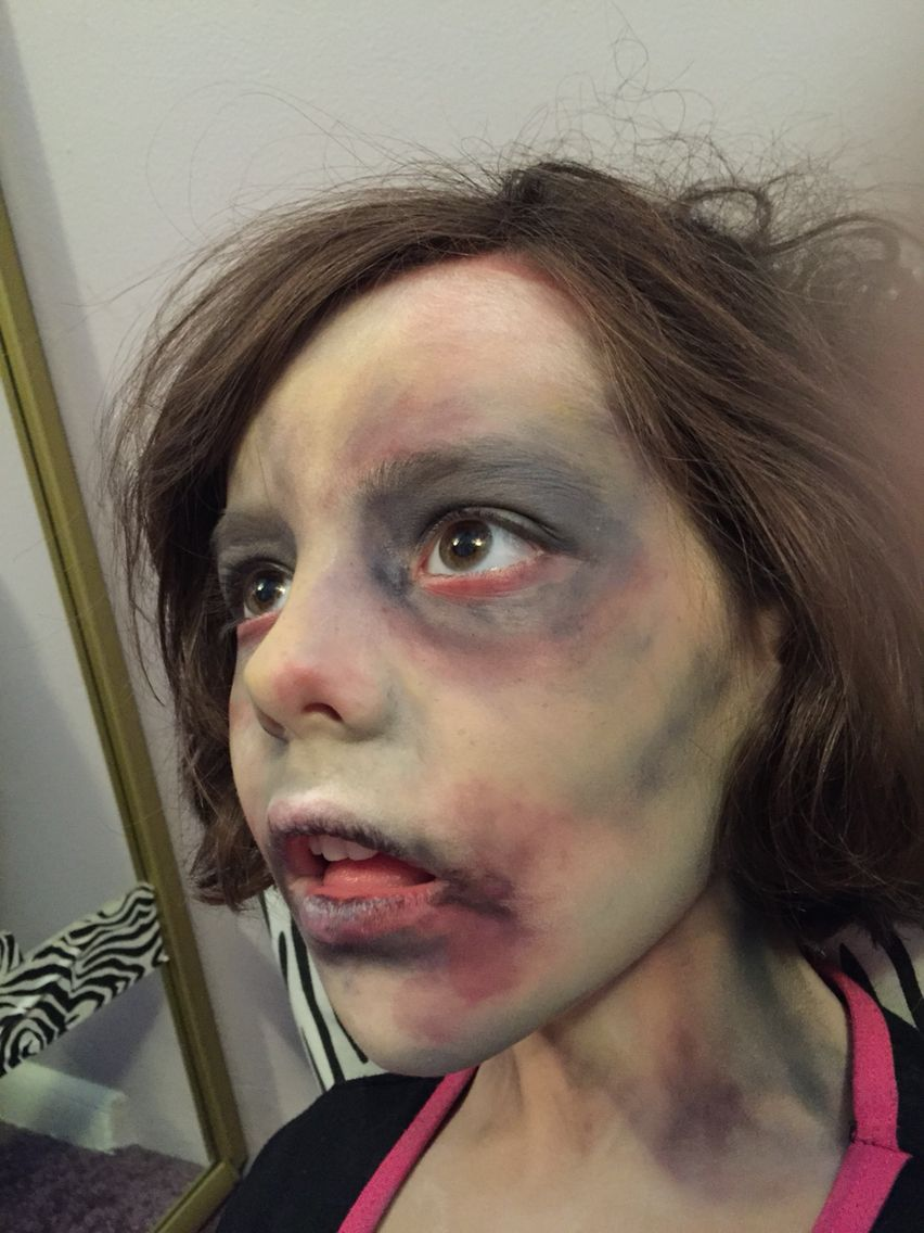 zombie child face paint make-up www.facebook/facepaintingbymarli