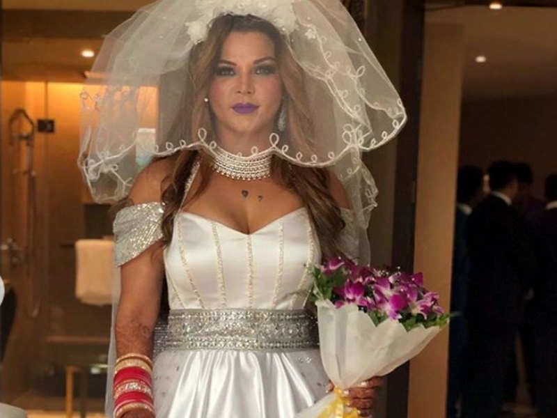 Revealed Rakhi Sawant Is Married To A Uk Based Nri Ritesh Wedding Dresses Videos Marriage Pictures Celebrity Weddings