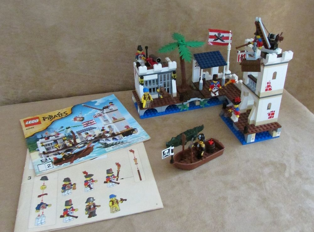 6242 Lego Pirates Soldiers Fort Complete Instructions Minifig