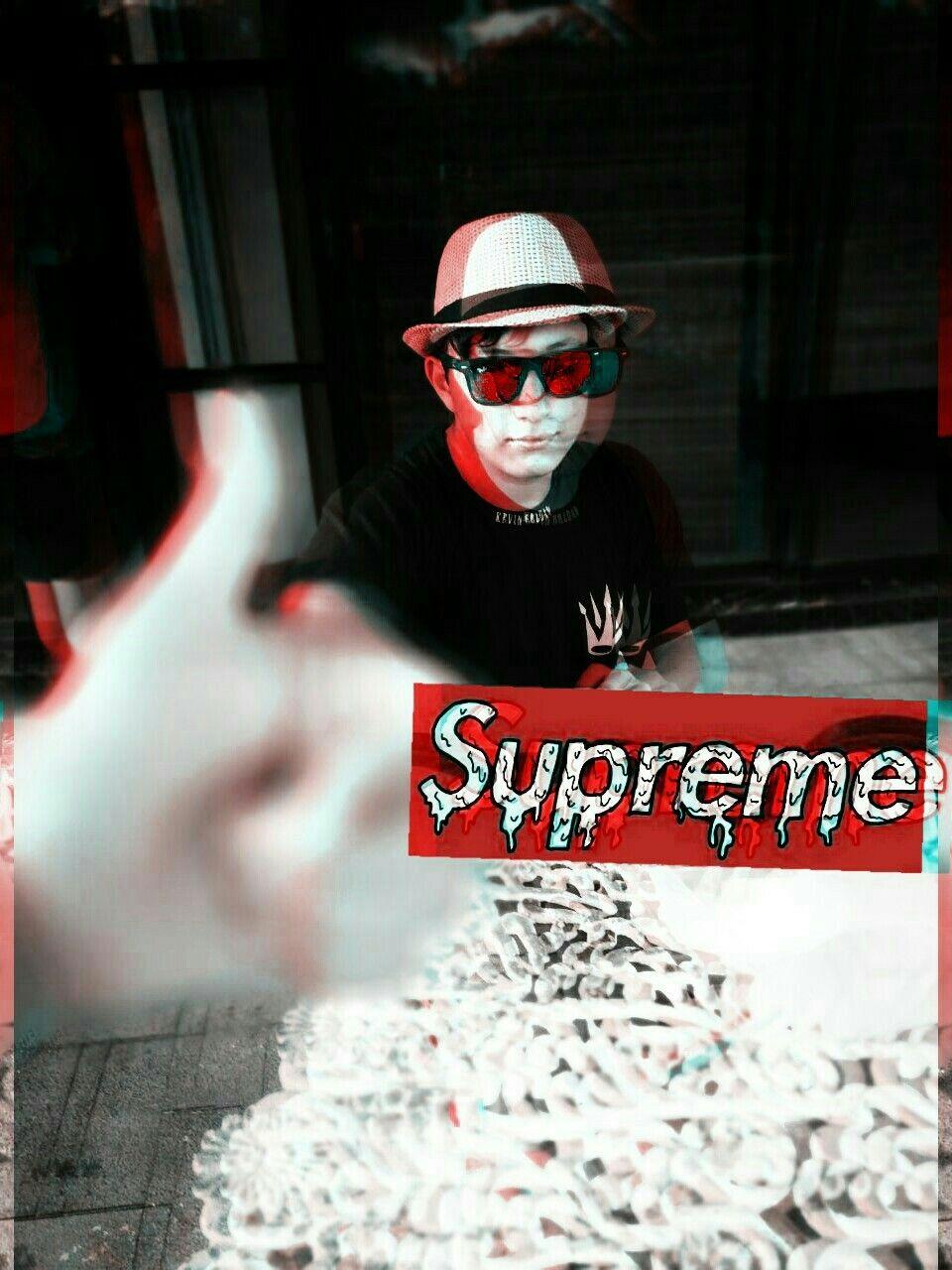 Supreme Supreme Pics Football Helmets