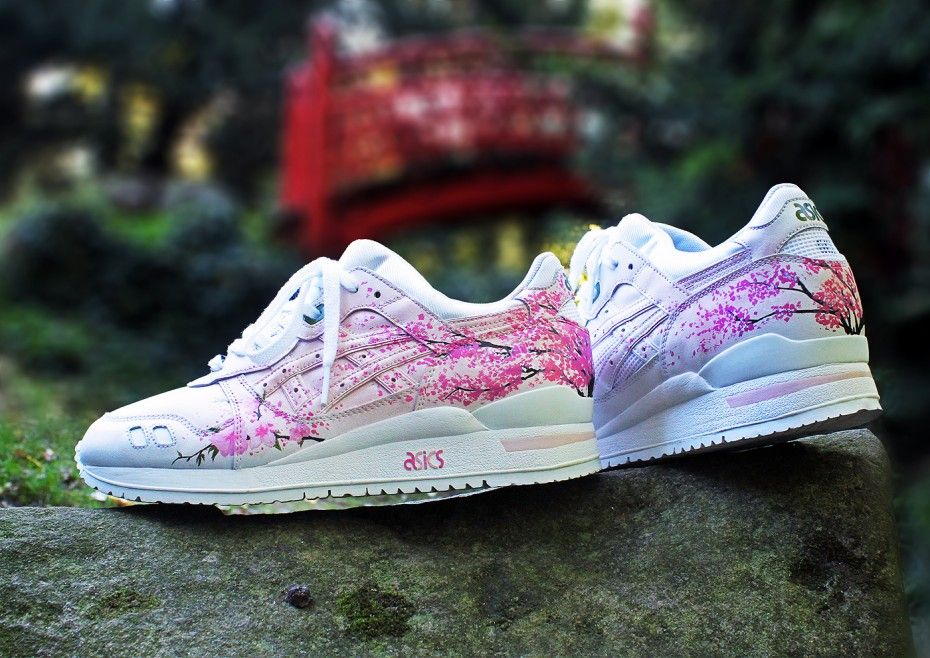 Realized by Rudnes Custom for Asics France to celebrate the anniversary of  the Gel lyte 3 and the new Asics corner at Citadium Paris, this Gel Lyte 3