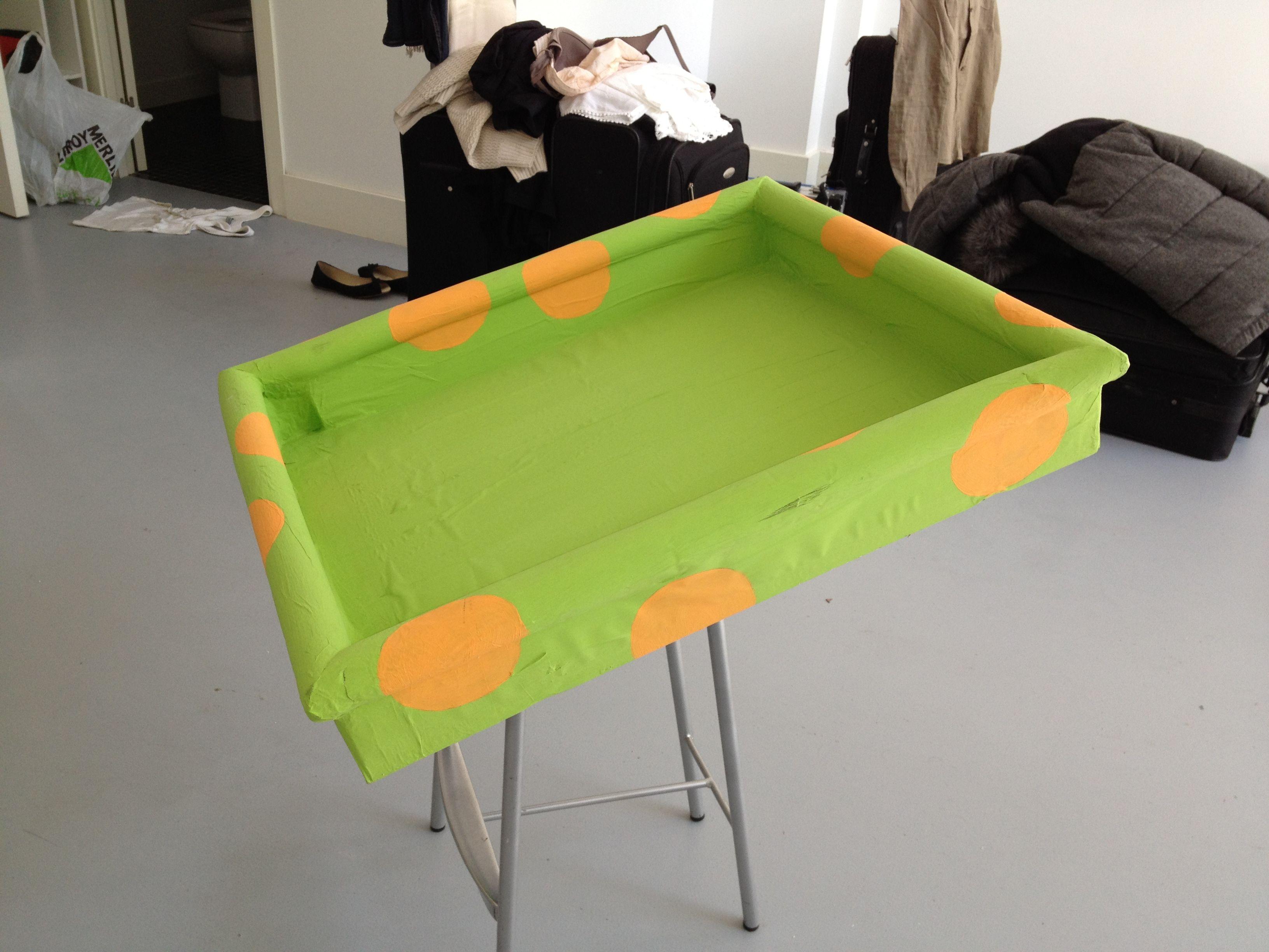 Bandeja Cambiador Para Ni Os Construida Reciclando Una Tapa De  # Muebles De Hule Espuma Para Ninos