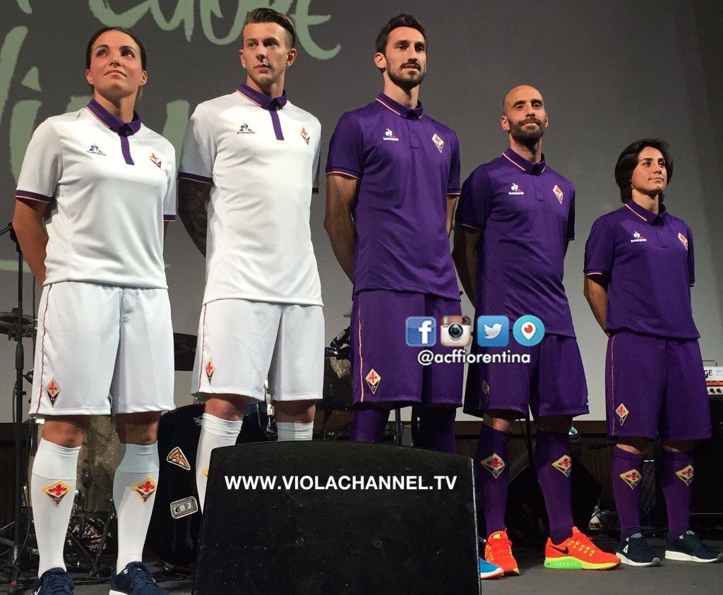 afc fiorentina 2016-2017 home (violet) and away (white) kits