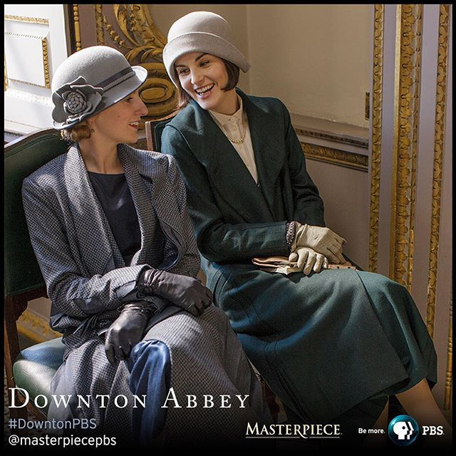 NEW #DowntonPBS #BTS photo: @larrycarmichael and @theladydockers take a break from filming! #onset cc: @pbsofficial