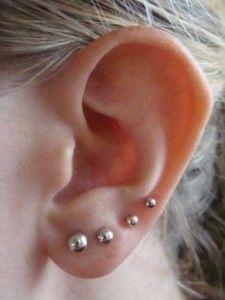 4 Ear Lobe Piercings Emerald Earrings Studs Gold Bar Earrings