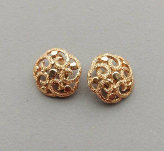 19993dcf1 Vintage Gold Studs, Large Stud Earrings, Trifari Gold Earrings, Gift for  Mom, Clip On Earrings, Vint