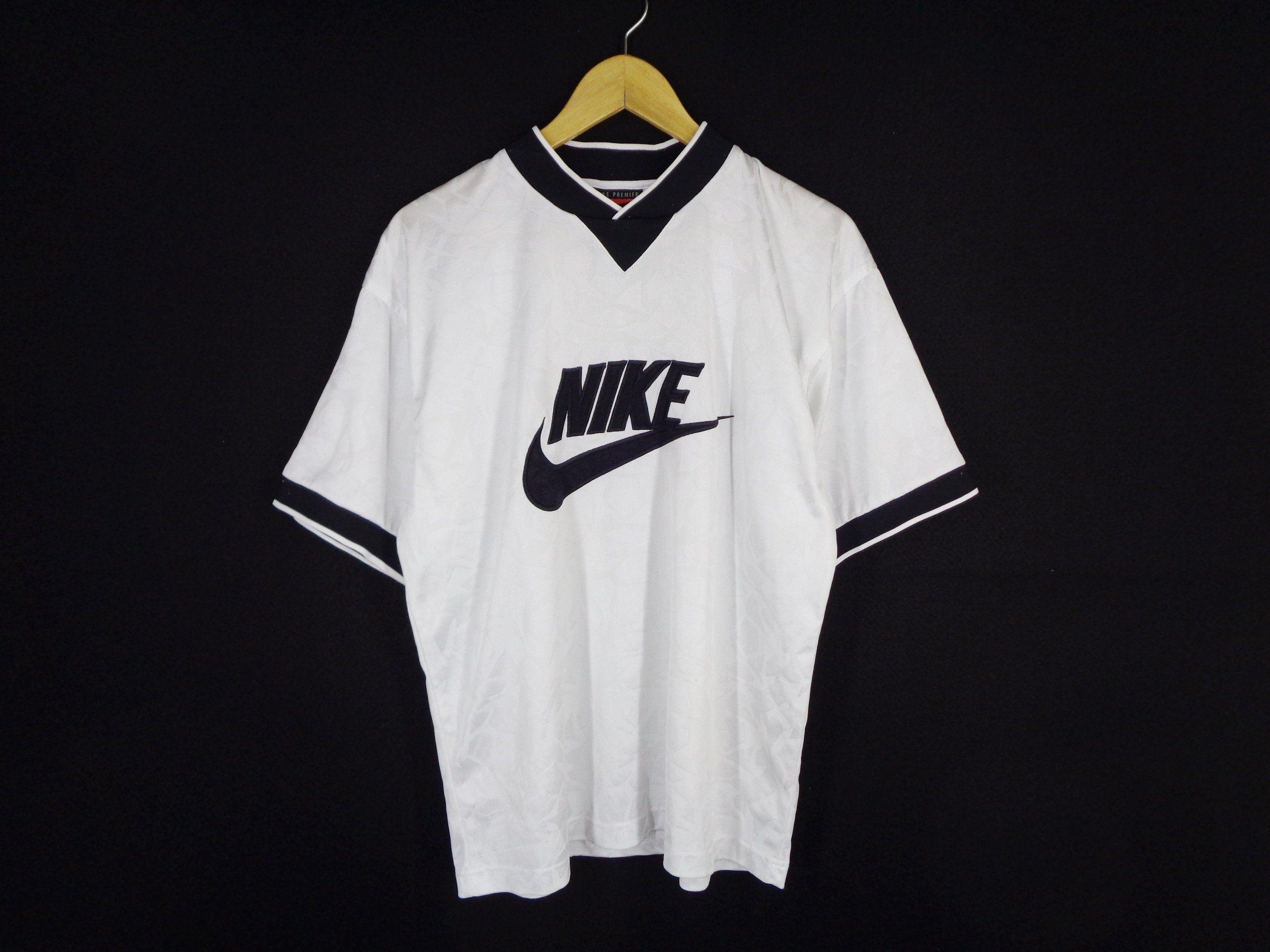 nike shirt vintage