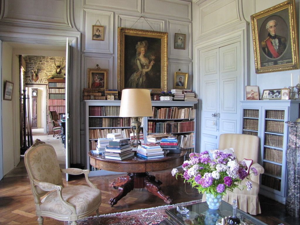 Chateau De Bouc El Mathilde Mochon 21 French Interior  # Muebles Saint Michel