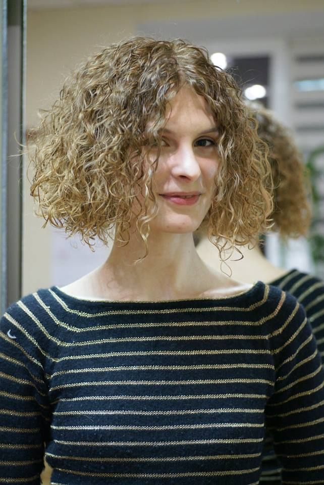 fun permed bob | Permed hairstyles, Curled hairstyles ...