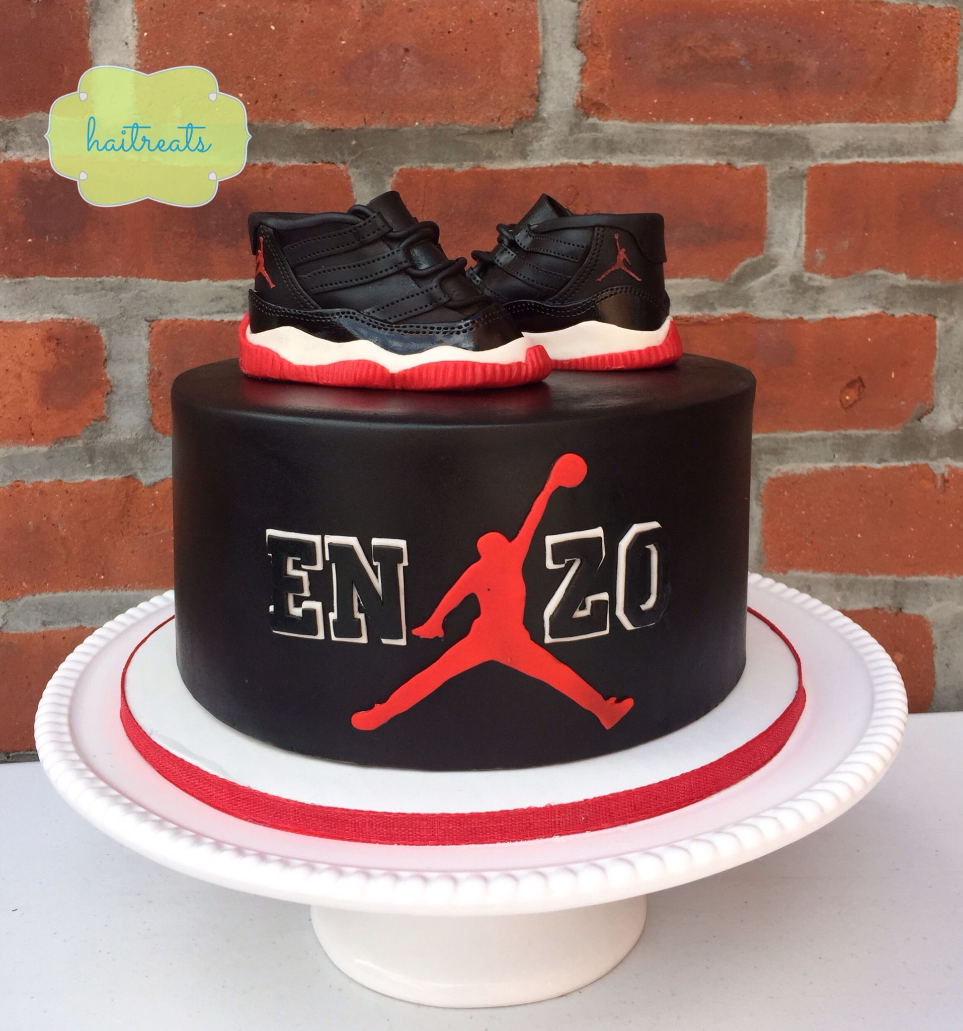 Michael Jordan cake Basketball cake Basketball party decor