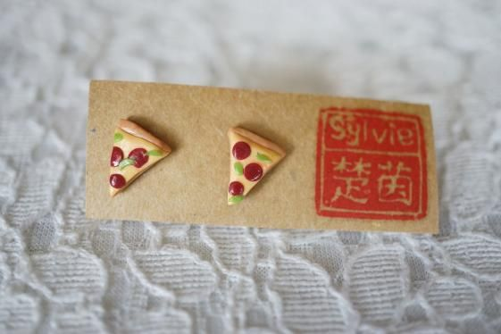 Round She Goes - Market Place - Pepperoni Pizza Polymer Clay charm jewelry earrings stud