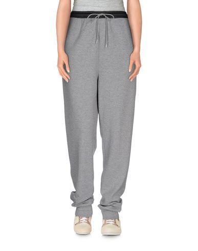 T BY ALEXANDER WANG Casual Pants. #tbyalexanderwang #cloth #pant