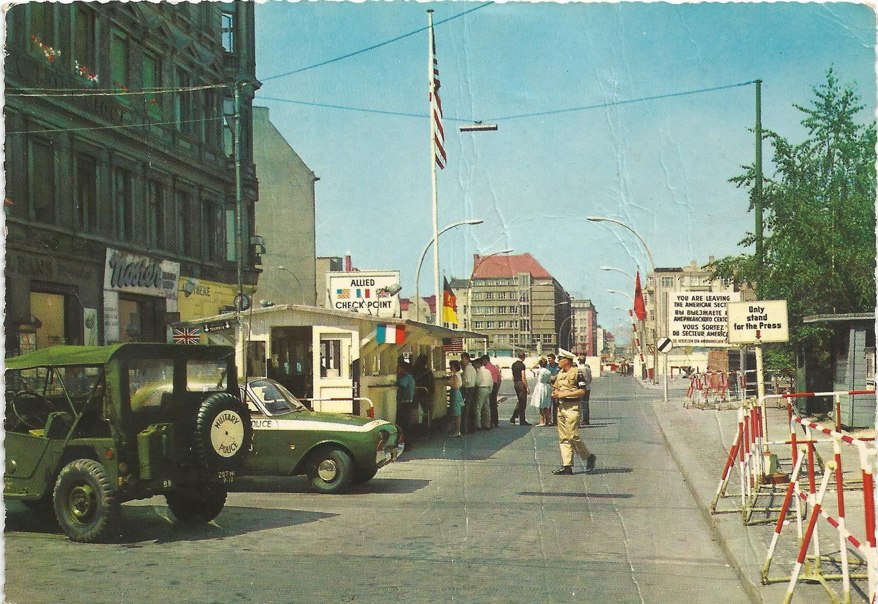 The Famous Checkpoint Charlie East And West Berlin Checkpoint Charlie Berlin West Berlin