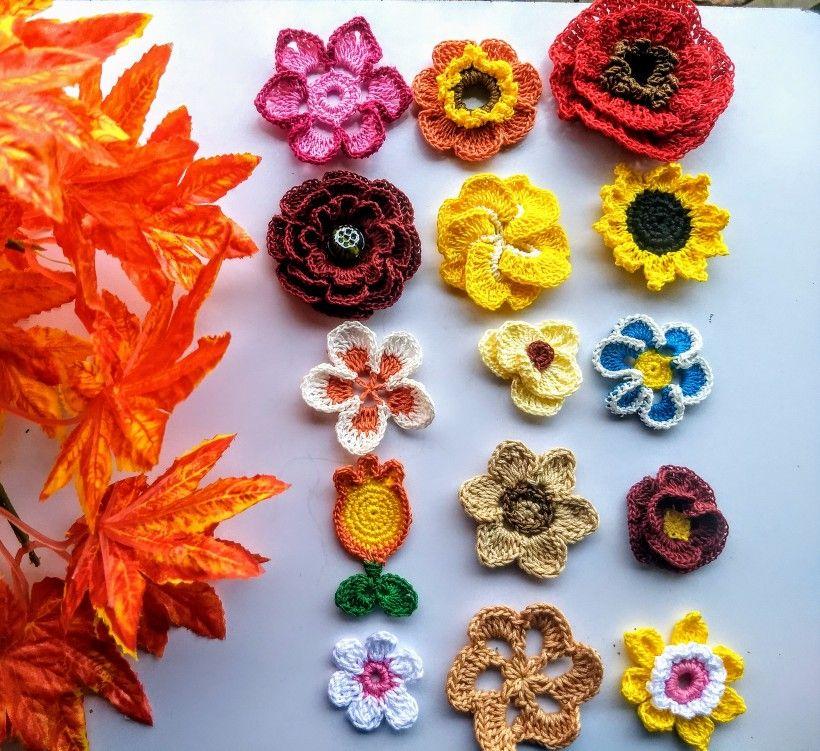 Happiness is handmade Crochet flowers my weekend projects  #crochetfun #crochetersofinstagram #flowers #handmade #mondaymotivation #monday #knitting_inspire #knittingaddict #knitting_is_love #knitting #knittingflowers #crocheylove #craftastherapy #crichetgirlgang #crochetapplique #crochethook #crochetindia #creavity
