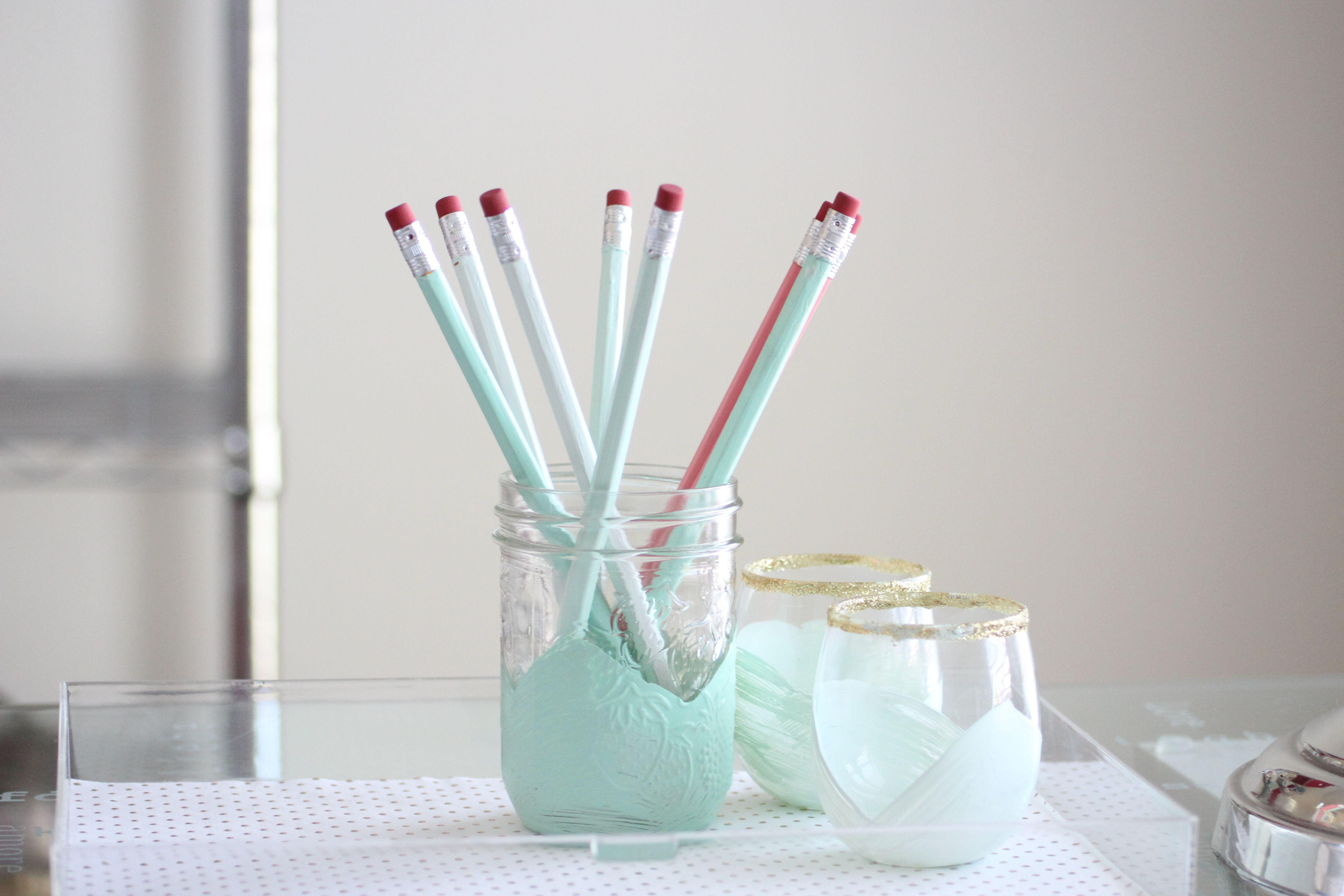 DIY Painted Holders & DIY Pencils