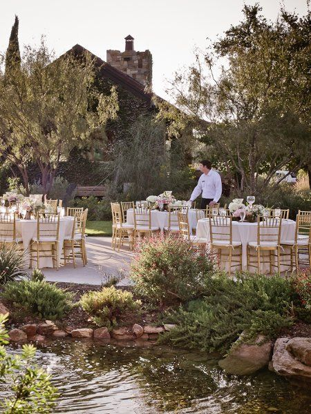 Maggie Gillespie Designs Is A Wedding And Event Planner Located In Fredericksburg Texas