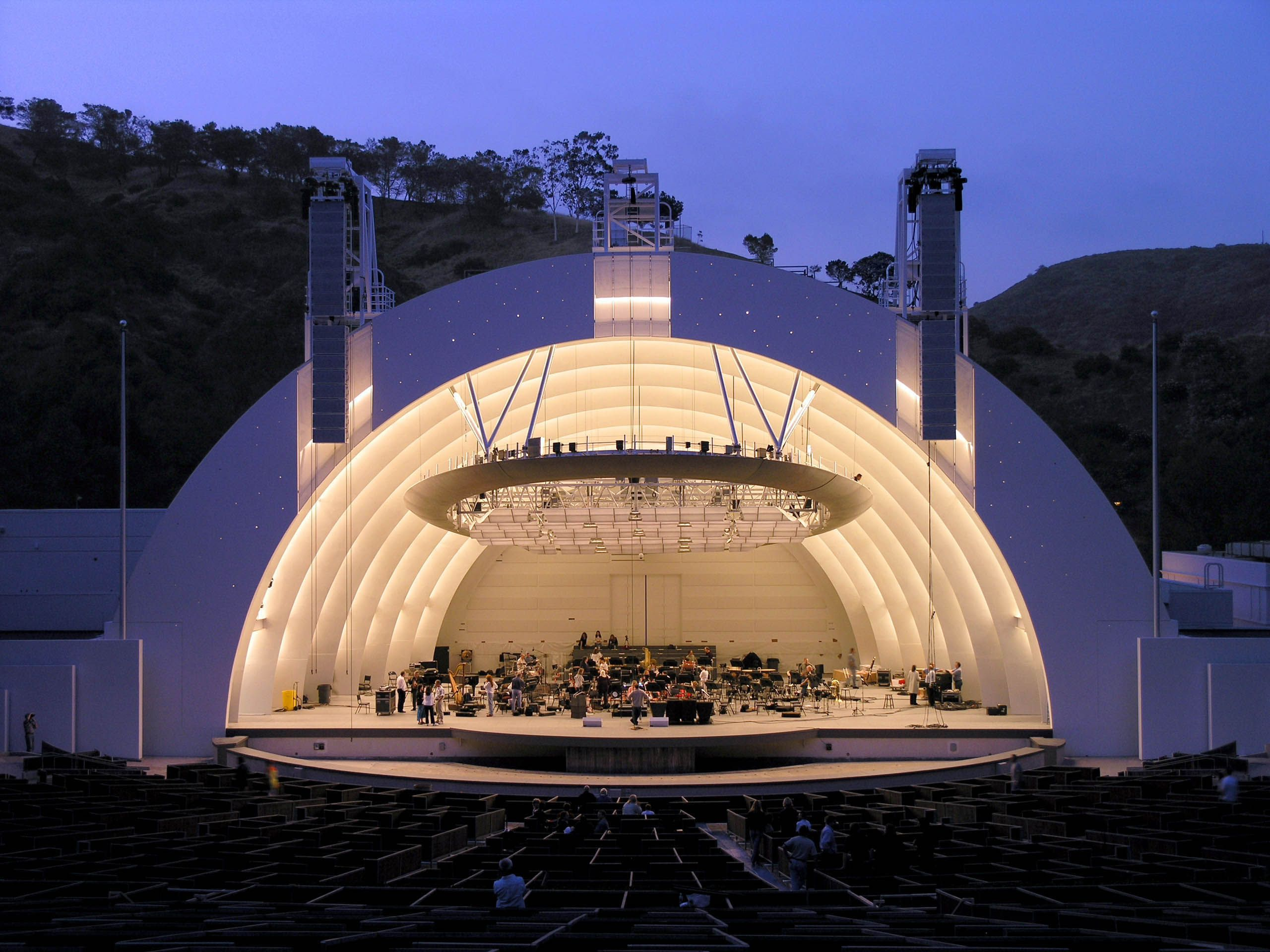 The Most Beautiful Outdoor Theaters In The World Outdoor Theater The Hollywood Bowl Hollywood California